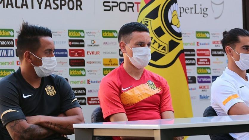 Yeni Malatyaspor: Christian Cueva fue presentado ante los hinchas como nuevo fichaje
