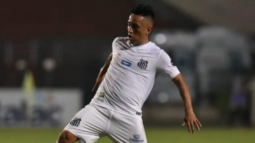 Christian Cueva vio acción en empate entre Santos y el Atlético Mineiro