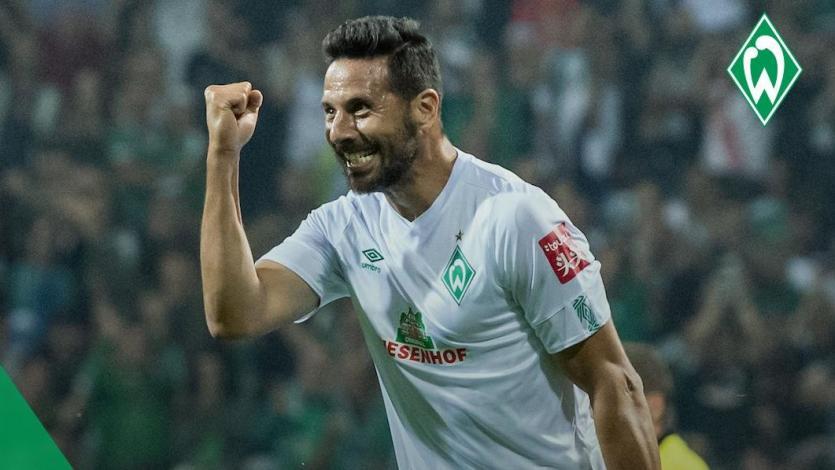 Claudio Pizarro anotó gol de la victoria del Werder Bremen a un mes de cumplir los 41 años de edad