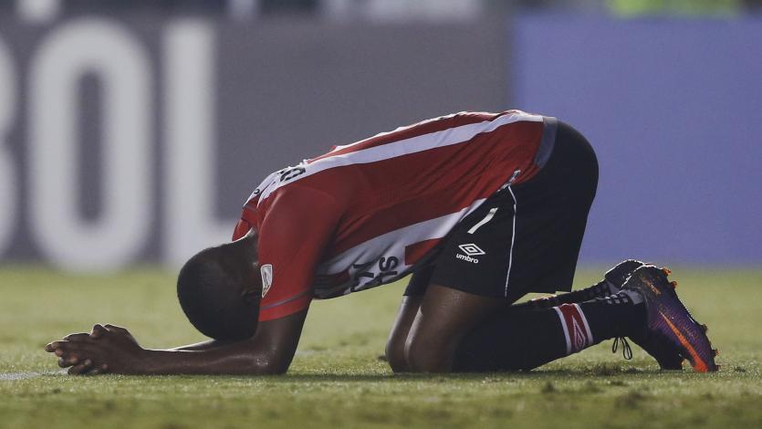 Copa Libertadores: Estudiantes sufrió hasta el final pero clasificó a octavos de final