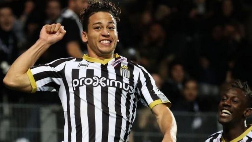 Cristian Benavente anotó golazo fuera del área y dio asistencia en el triunfo de Sporting Charleroi