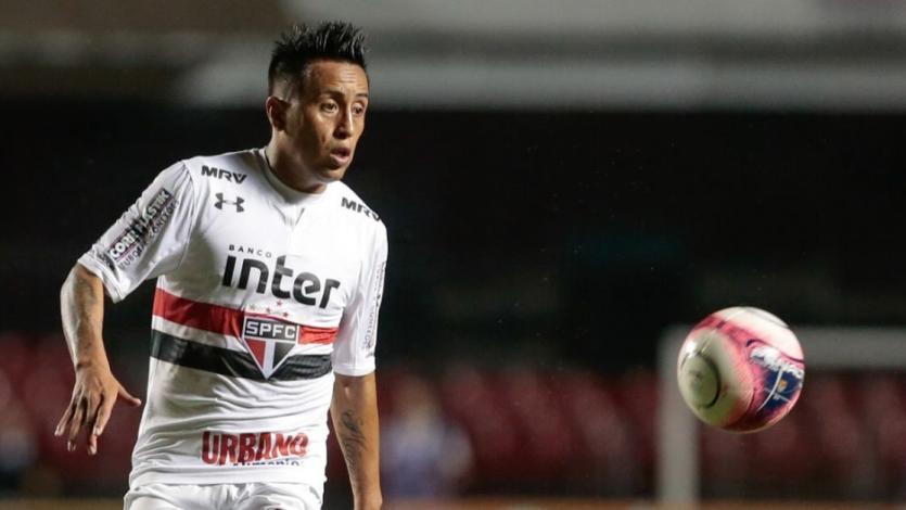 Christian Cueva sigue trabajando en el once titular de Sao Paulo