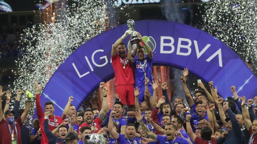 Cruz Azul de Juan Reynoso y Yoshimar Yotún se consagró campeón de la Liga MX luego de 24 años