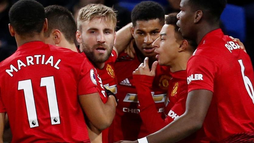 Manchester United golea 5-1 al Cardiff City tras la salida de Mourinho