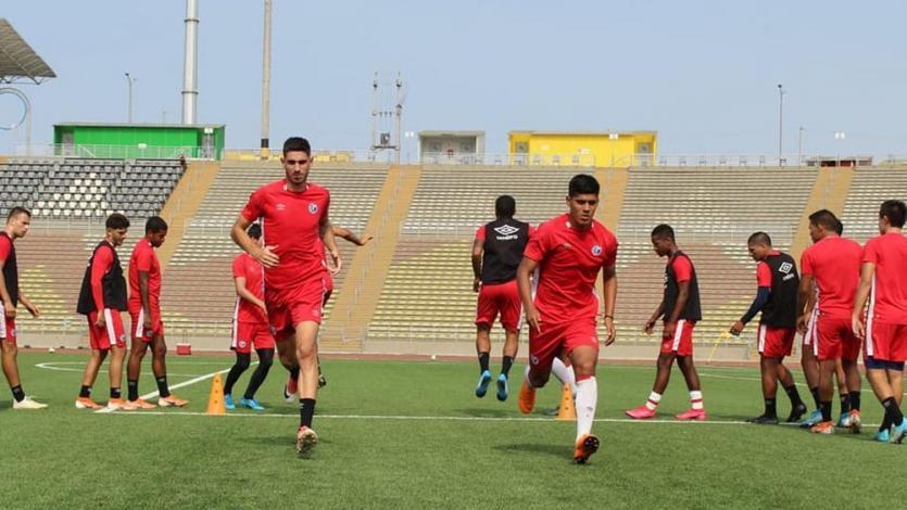 Deportivo Municipal entrenó en el sintético de San Marcos antes de recibir a Carlos Stein (FOTOS)