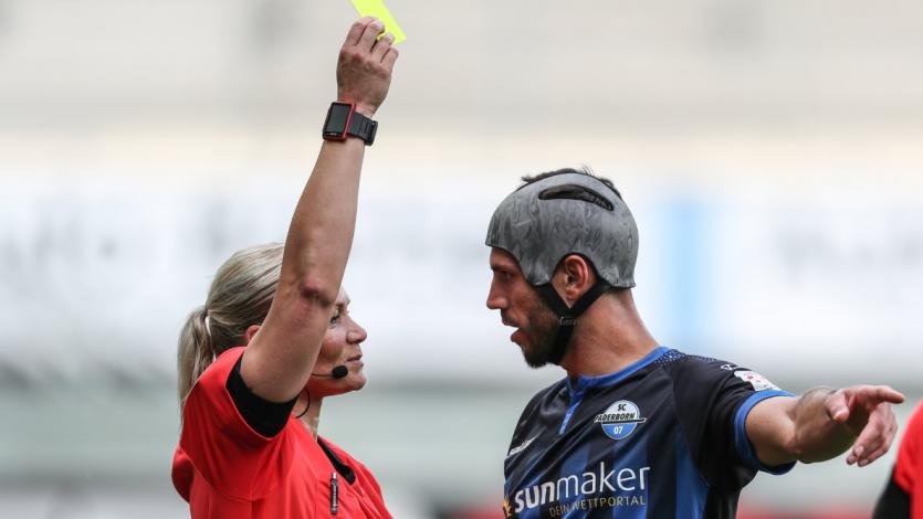 Bundesliga: el récord del albano Klaus Gjasula en base a tarjetas amarillas