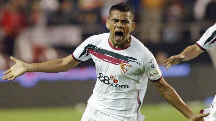 Sevilla busca la vuelta de Dani Alves