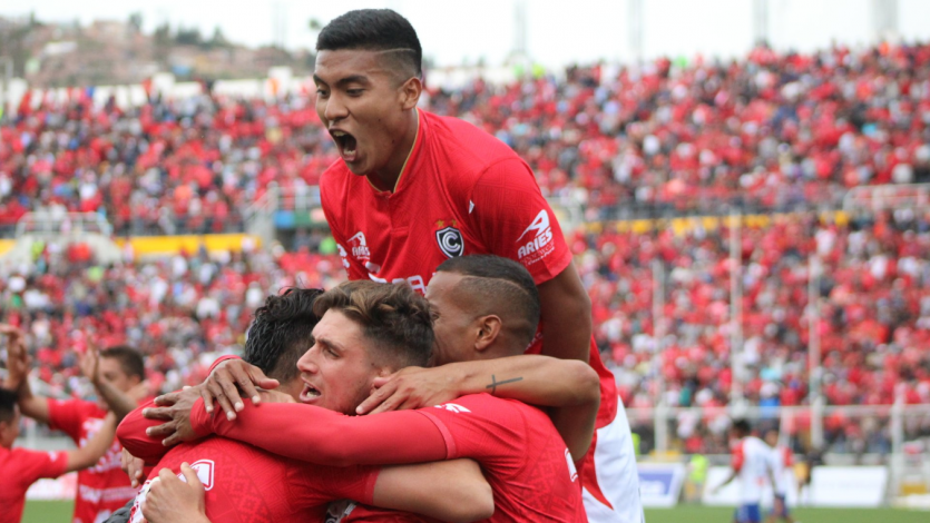 Segunda División: Cienciano saca ventaja en la semifinal de ida