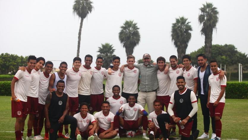 Universitario de Deportes: Éric Cantona visitó las instalaciones del cuadro crema