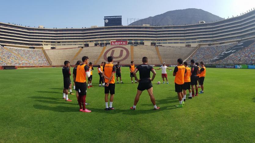 Universitario de Deportes quedó listo para disputar el partido ante Sport Rosario