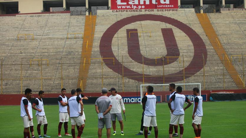 Universitario de Deportes entrenó en el Monumental de cara al partido ante la Universidad San Martín
