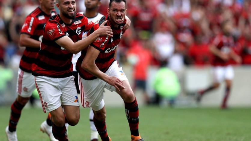 Flamengo sigue en la cima de la Serie A de Brasil