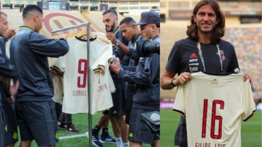 Copa Libertadores: jugadores del Flamengo lucieron camisetas que Universitario les regaló (VIDEO)
