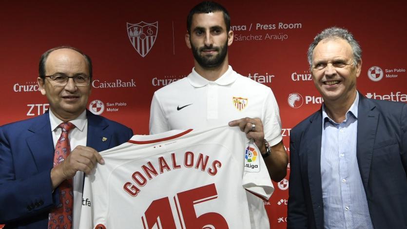 Maxime Gonalons fue presentado en Sevilla FC