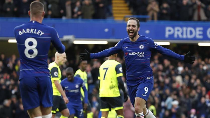 Gonzalo Higuaín se estrena en la Premier League
