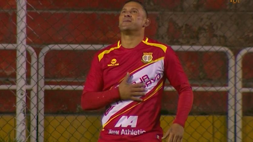 Carlos Neumann acerca a Sport Huancayo a la final del Torneo de Verano