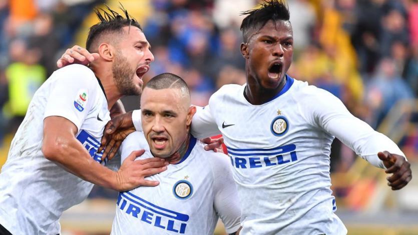 Inter de Milán consigue su primer triunfo en Bologna (3-0)