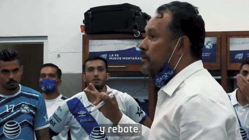 Juan Reynoso y la arenga a sus jugadores del Puebla el fin de semana (VIDEO)