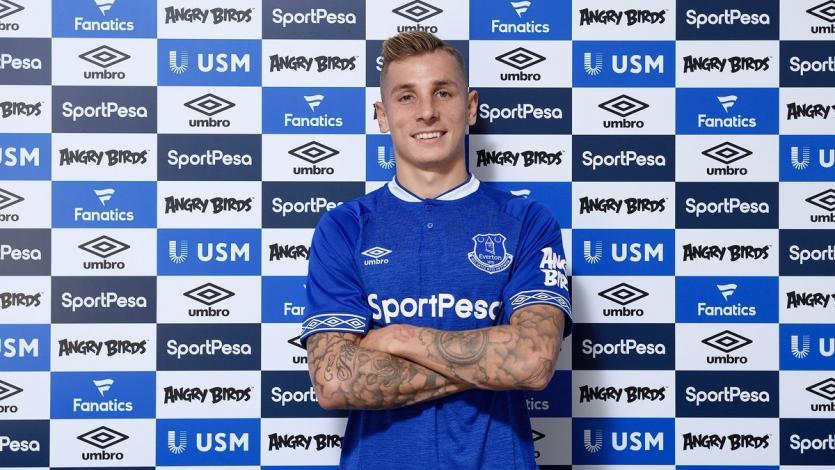 Everton hace oficial el fichaje de Lucas Digne