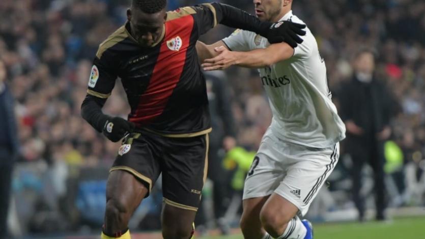 Con Luis Advíncula de titular: Rayo Vallecano perdió 1-0 ante Real Madrid