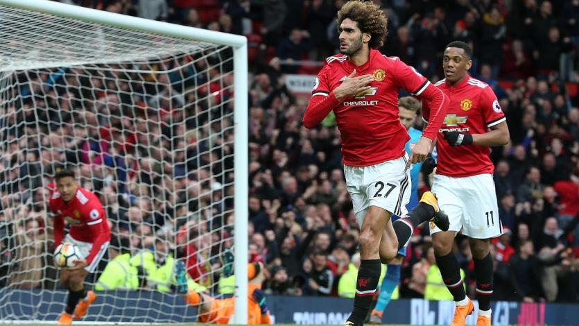 Manchester United derrotó al Arsenal sobre el final (2-1)