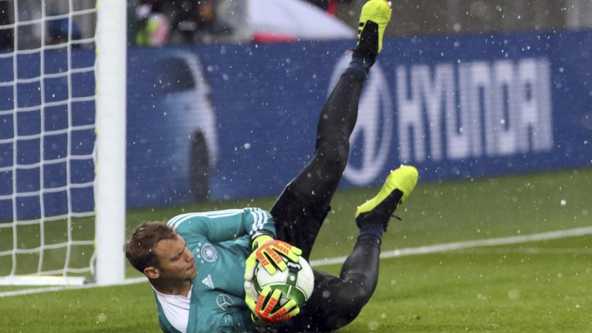 Manuel Neuer volvió tras ocho meses de inactividad