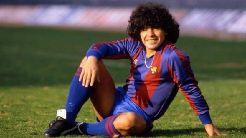 Se cumplen 38 años del día que Maradona fichó por Barcelona (VIDEO)