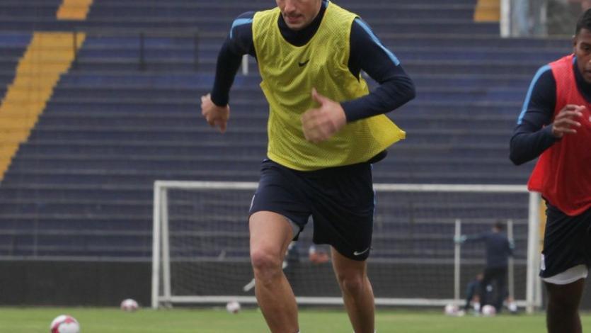 Alianza Lima: Mauricio Affonso se fracturó la nariz y estará tres semanas de para