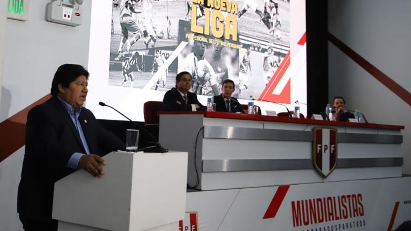 Edwin Oviedo oficializó la creación de la Liga de Fútbol Profesional para 2019