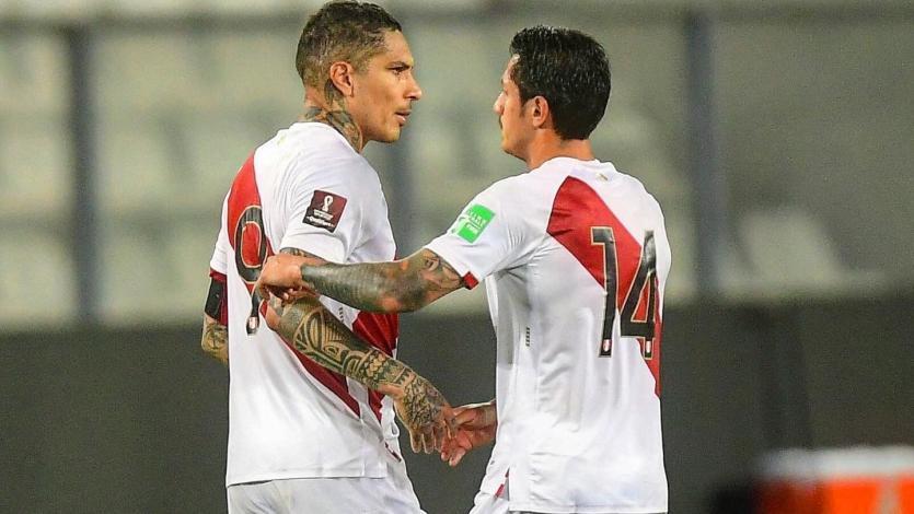 """Paolo Guerrero tras el partidazo de Gianluca Lapadula ante Ecuador: """"Hizo un gran trabajo, estoy muy feliz por él"""""""