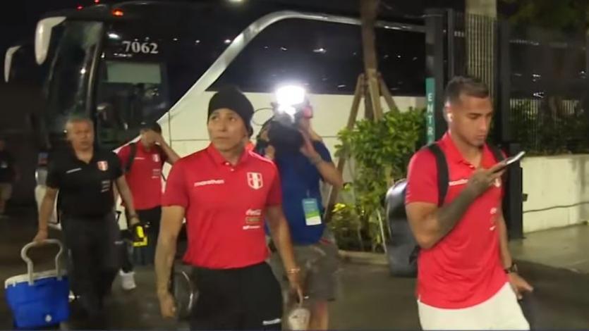 Perú vs. Colombia: la concentración del plantel bicolor en la llegada al Hard Rock Stadium (VIDEO)