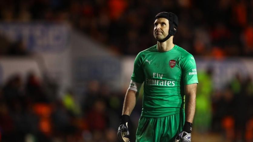 Petr Cech anunció su retiro del fútbol