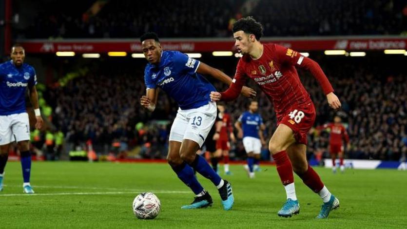 Premier League: los partidos no se jugarán en estadios neutrales