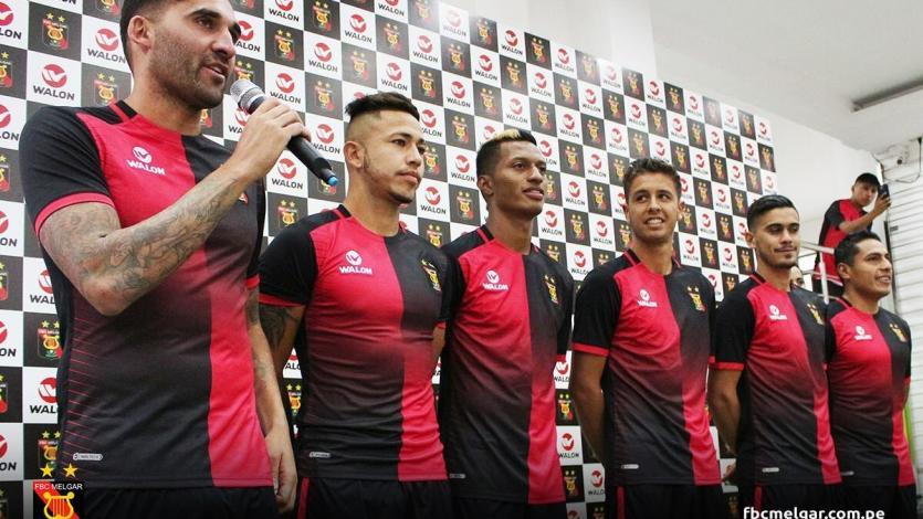 FBC Melgar: Así fue la presentación de la camiseta 'Rojinegra' para la temporada 2018