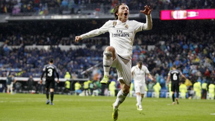 Real Madrid logra un importante triunfo ante Sevilla (2-0)