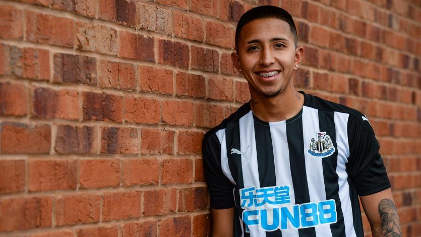 Premier League: Newcastle United oficializó el fichaje de Rodrigo Vilca por cuatro años