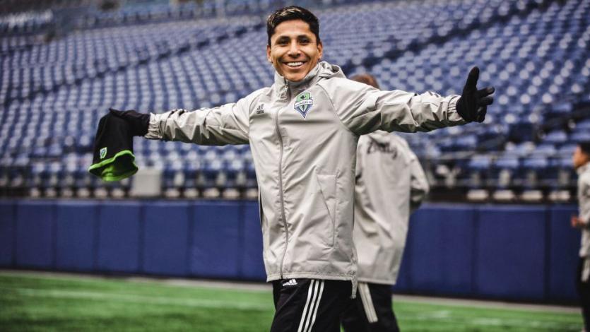 Raúl Ruidíaz le anotó con el Seattle al Zacatepec de Duarte y Cuba