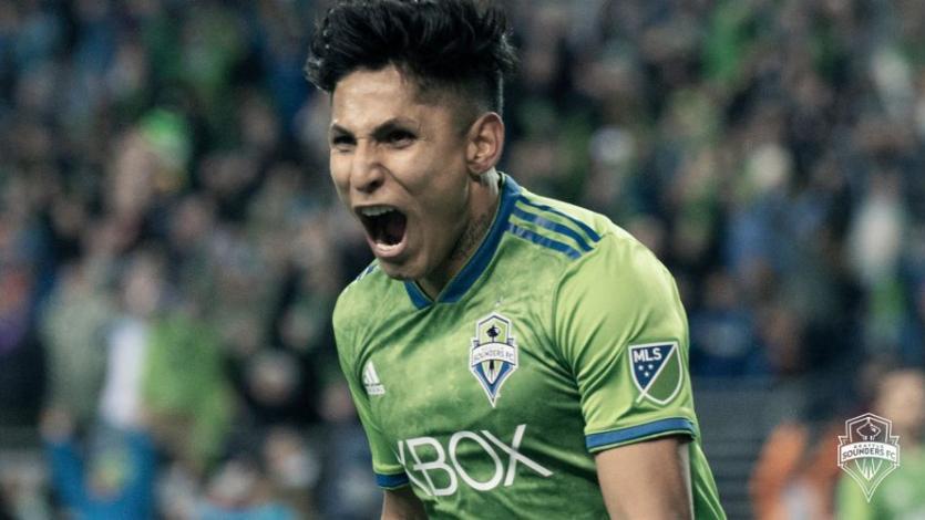 Raúl Ruidíaz recibió el 'Botín de Oro' en el Seattle Sounders