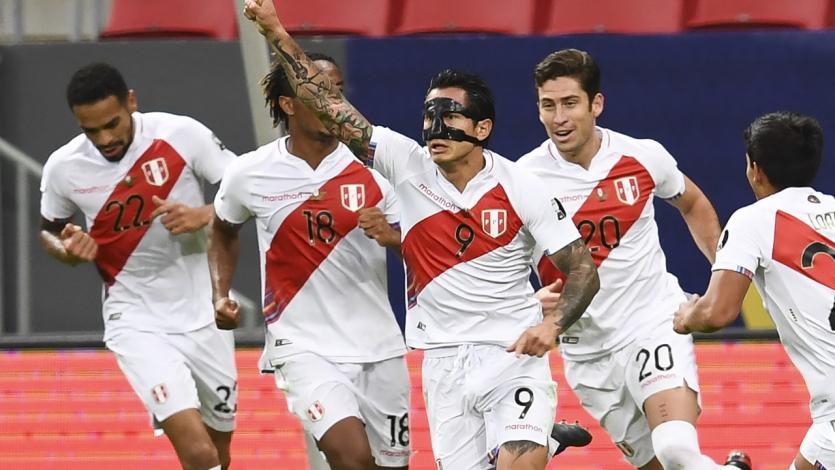 Perú vs Colombia: Gianluca Lapadula anotó de cabeza el empate (VIDEO)