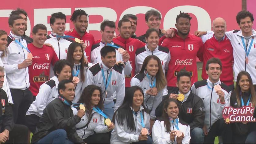 Selección Peruana recibió visita de los medallistas peruanos de los Juegos Panamericanos Lima 2019