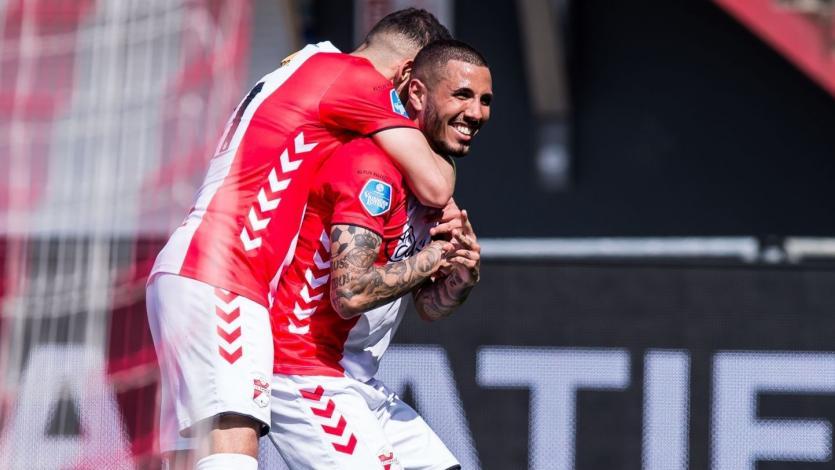 Sergio Peña en actuación pletórica: marcó un doblete y brindó una asistencia con el FC Emmen
