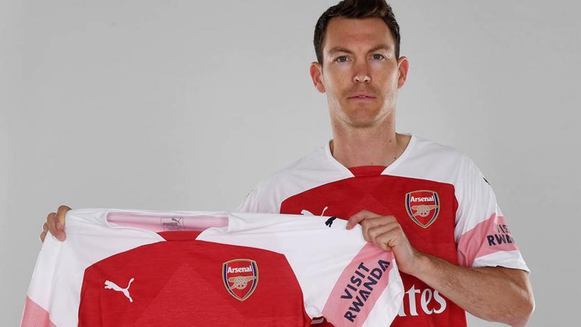 Fichajes: Stephan Lichtsteiner firma por el Arsenal de Unai Emery