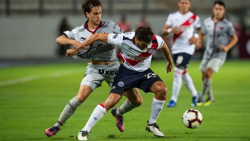 CONMEBOL Sudamericana: Deportivo Municipal busca remontar la llave con Colón