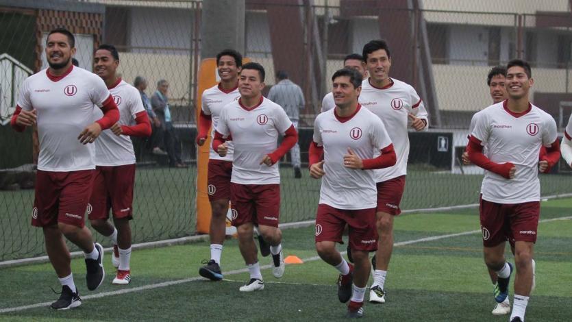 Universitario entrenó esta mañana en el Estadio Monumental