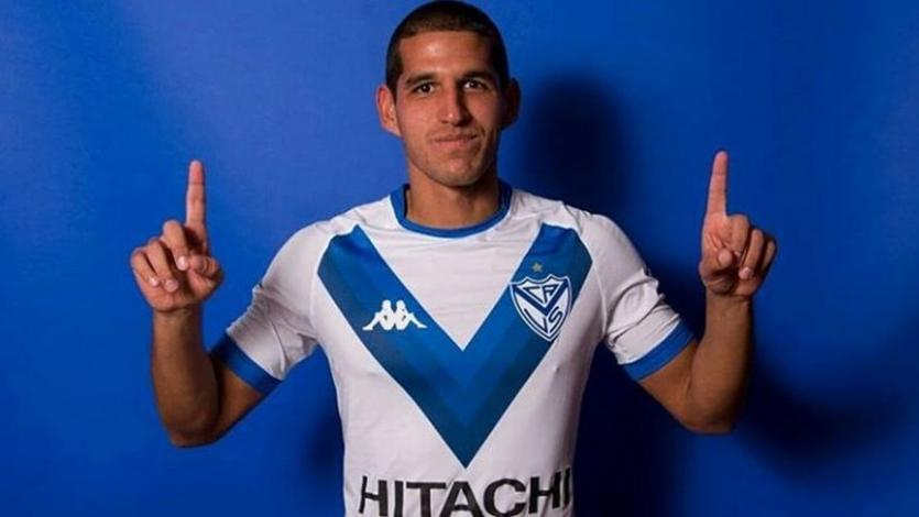 Luis Abram volvió al equipo titular de Vélez con una victoria