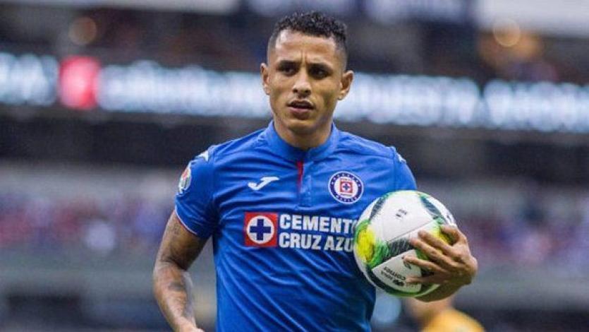 Yoshimar Yotún se lesionó durante goleada de Cruz Azul en el futbol mexicano