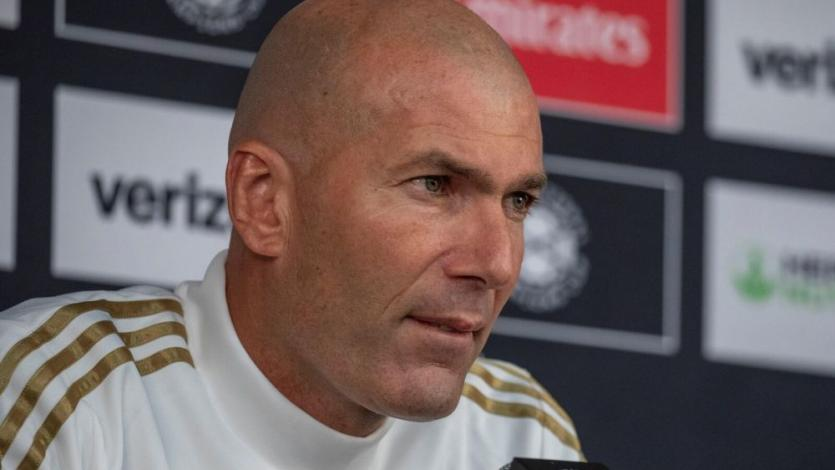 Real Madrid: Zinedine Zidane y la noticia que lo tiene preocupado en la pretemporada (VIDEO)