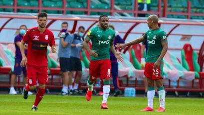 Jefferson Farfán volvió a las canchas con gol tras más de un año de para por lesión (VIDEO)