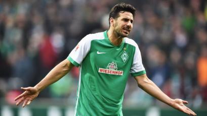 Claudio Pizarro volvió a anotar con el Werder Bremen