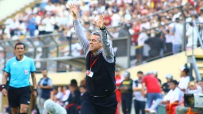 """Pablo Bengoechea: """"Todos los errores son a favor del mismo equipo, no me sorprende nada"""""""